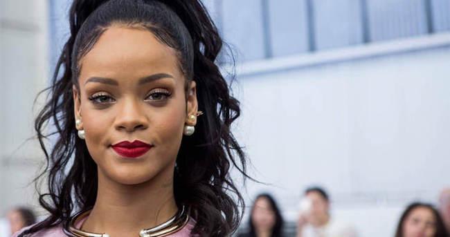 Hayranlarından Rihanna'a tepki