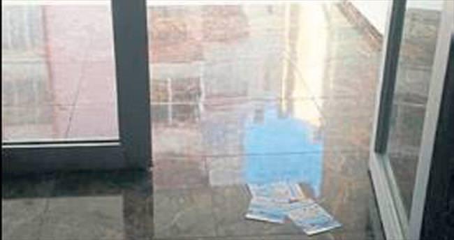 Melih ABİ: Reklam broşürlerini apartman girişine atmayın çöpe gidiyor