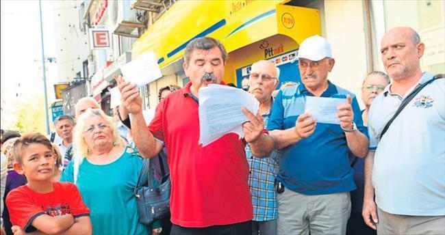 CHP'ye kınalı tepki