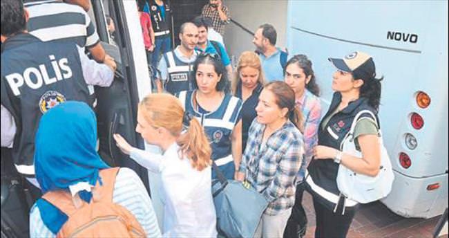 'İKÇÜ'nün imamı' ile eski dekan ve 27 kişi tutuklandı