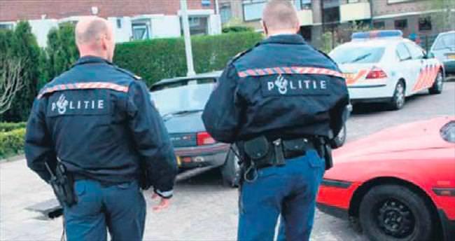 Kurye ehliyetsiz yakalandı kebapları polisler dağıttı