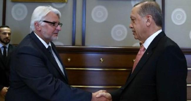 Erdoğan Romanya ve Polonya Dışişleri Bakanını kabul etti