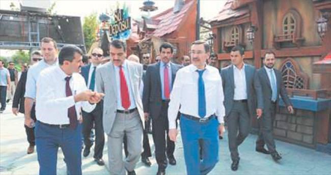 Başkan Gökçek konuk Katar heyeti ile Ankara turu yaptı