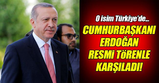 Cumhurbaşkanı Erdoğan Bahreyn Kralı Halife'yi törenle karşıladı!