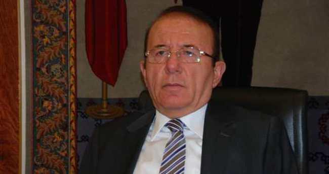 FETÖ soruşturması: Eski Isparta Valisi Memduh Oğuz tutuklandı