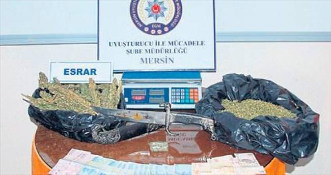 Mersin'de torbacılar geçit yolu bulamıyor
