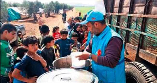 Halep'e 4 TIR'lık gıda yardımı ulaştı