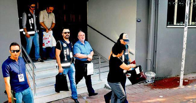 Eski İzmir Valisi Kıraç gözaltında