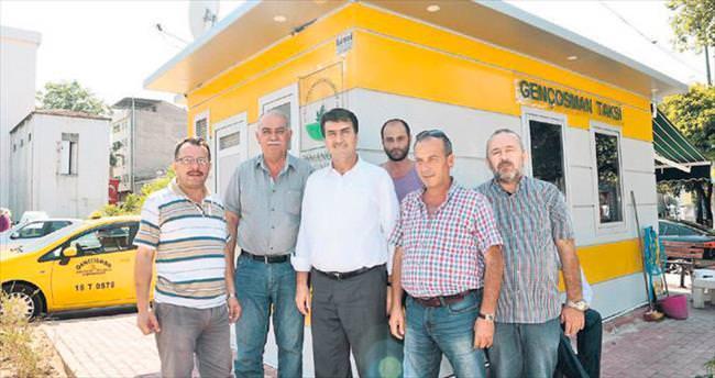 Osmangazi'deki taksi durakları yenileniyor