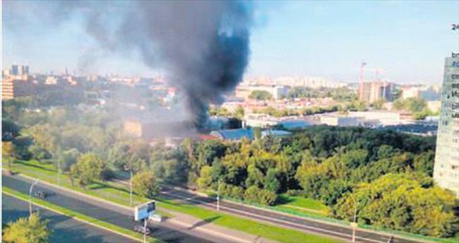 Moskova'da 16 Kırgız depo yangınında öldü