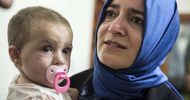 Fatma Betül Sayan Kaya, Esma bebeği ziyaret etti