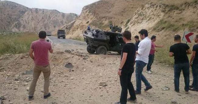 Askeri aracın geçişi sırasında patlama: 1 asker şehit oldu, 3 asker yaralandı.
