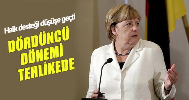 Merkel'in 4'üncü dönemi tehlikede