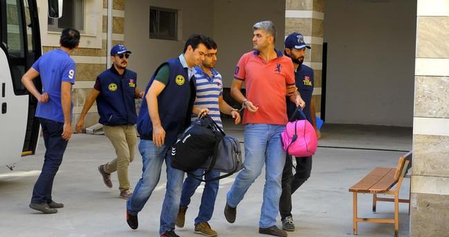Uşak Belediye eski Başkan Yardımcısı ve 18 kişi FETÖ'den tutuklandı