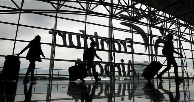Frankfurt Havalimanı'nda 'bomba' alarmı