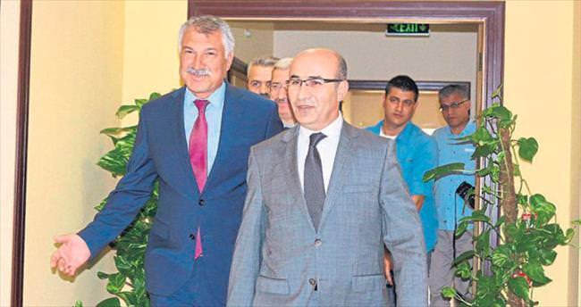 Vali Demirtaş'tan Karalar'a ziyaret