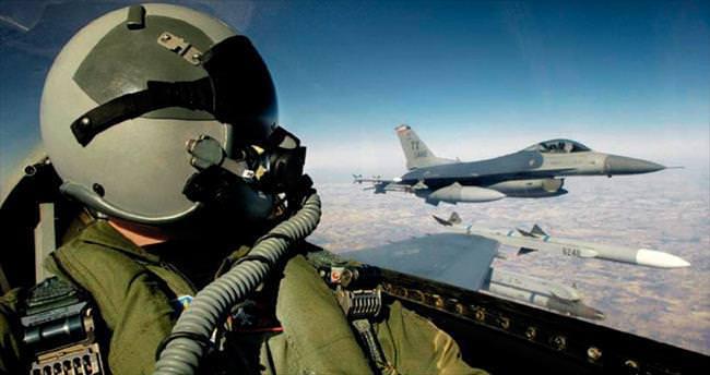 Savaş pilotuna 'dön' çağrısı