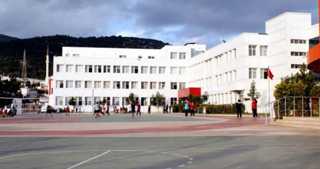 FETÖ'nün el konulan okullarına şehitlerin isimleri verildi