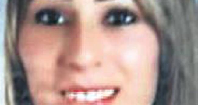 Genç kadın evinde öldürüldü