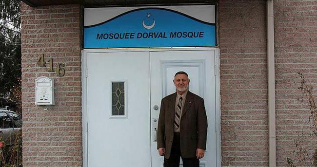 Kanada'da Türk camisine ırkçı afiş