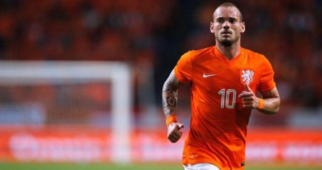 Advocaat'ın yerine Sneijder!