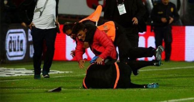 O taraftar yine maç izlerken yakalandı!