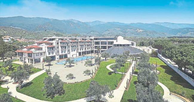 Kuzey Ege'nin ilk zincir oteli Ramada Kazdağları
