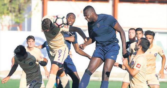 Osmanlıspor, U21 takımıyla hazırlandı