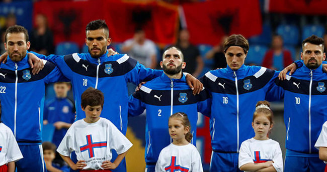 FIFA'dan Kosovalı 6 futbolcuya izin