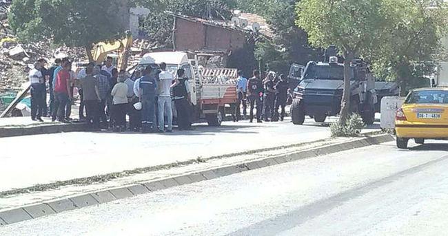 Ankara'da yıkım ekibinin üzerine ateş açıldı