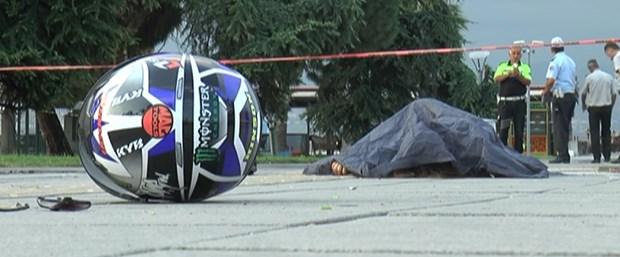 Bursa'da TIR motosiklete çarptı: 2 ölü