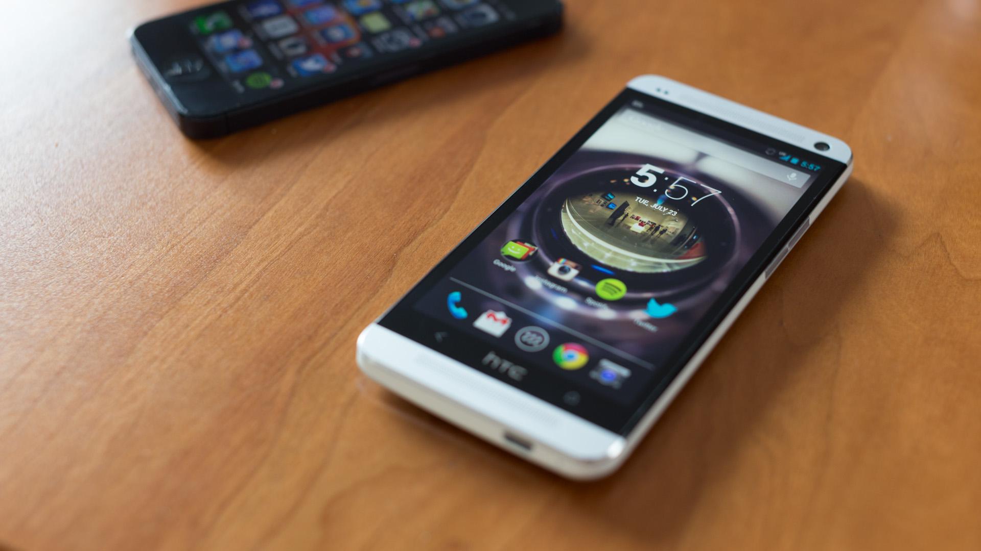Google HTC'nin telefon bölümünü satın aldı