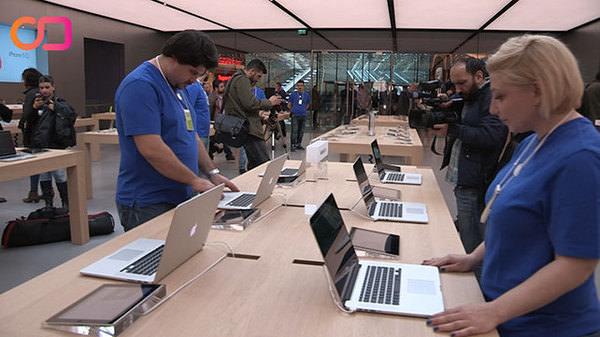Apple Store kapısını önce Sabah'a açtı