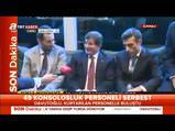Başbakan Davutoğlu en küçük rehineyi böyle sevdi