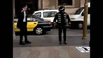 Sokakta Michael Jackson dansı
