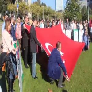 Almanya'da Türkler'den sözde soykırım protestosu