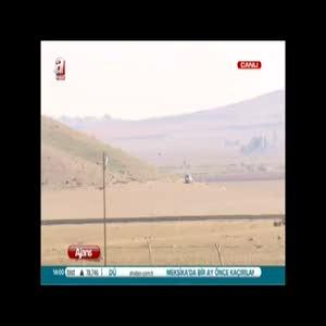 IŞİD militanları sınırda namaz kıldı