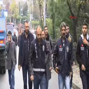 Polis Esenler'de plastik mermi kullandı