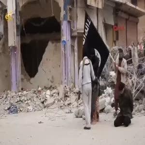 IŞİD 4 Suriye askerini infaz edip şehirde böyle dolaştırdı