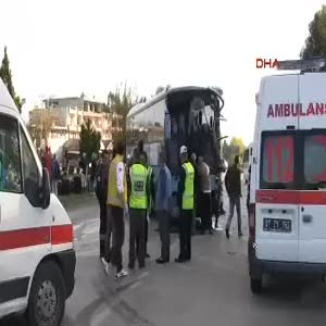 İki otobüs çarpıştı: 15 yaralı