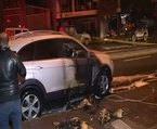 Kağıthane'de 3 araç kundaklandı