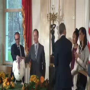 Barack Obama hindileri bağışladı