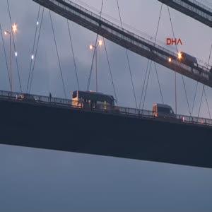 Köprüdeki intihar girişimi trafiği olumsuz etkiledi