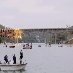 Yavaş çekimde köprü yıkımı