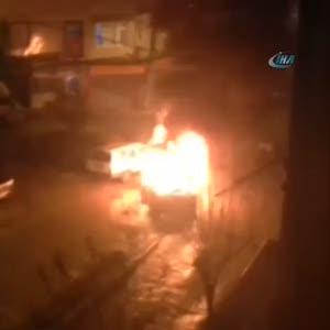 Alev alev yanan araç böyle görüntülendi