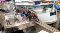 Motosiklet tekneye nasıl bindirilmez