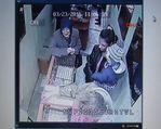5 altın yüzük çalan 4 kadını güvenlik kamerası ele verdi