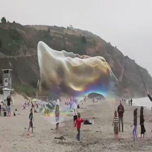 Dev baloncuklarla görsel şölen