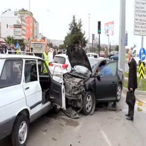 Bakan Kılıç'ın konvoyunda kaza: 2'si polis 5 yaralı