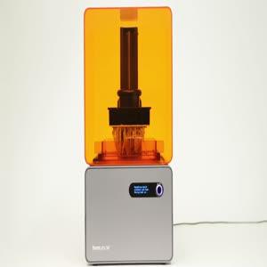 3D yazıcıyla üretilen ve video oynatabilen televizyon